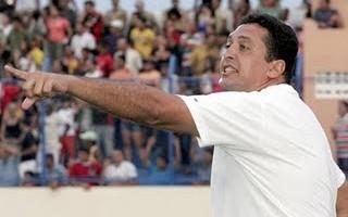 Sousa contrata Hugo Sales como novo treinador