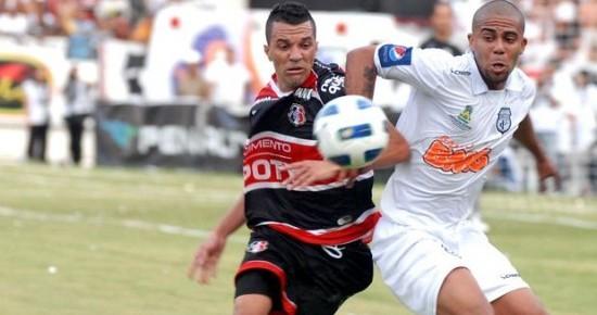 Treze vai à Recife enfrentar o Santa Cruz em clima de revanche