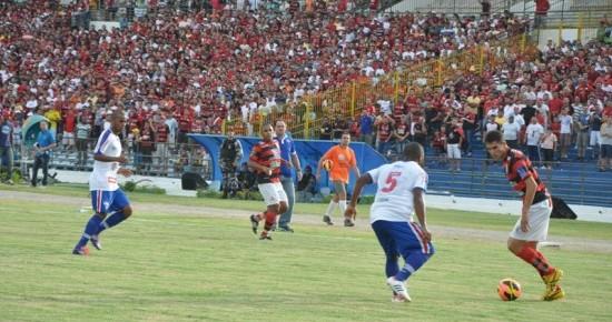 Campinense vence o Fortaleza, faz história e vai à final do Nordestão
