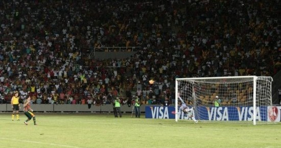 Pantera vira herói de novo e Raposa se classifica nos pênaltis na Copa do Brasil