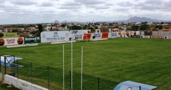 CSP vence o Nacional e fica perto da vaga para as semifinais
