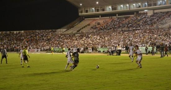 Treze vence o Botafogo-PB no Almeidão aumenta vantagem na final