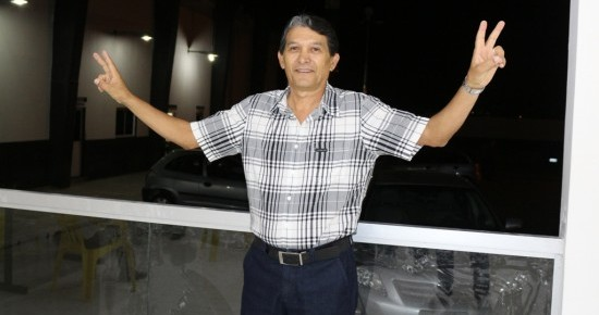 Eleito presidente do Treze, Bebeto do Gesso promete ingresso barato