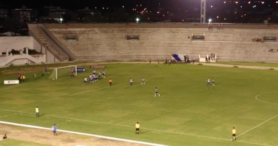 Com gol de Juninho, Botafogo-PB vence CSP e ameniza a crise