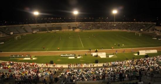 Tentando se manter vivo na Copa do Nordeste, Botafogo-PB recebe o Ceará no Almeidão
