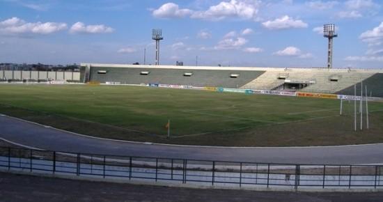 Com um gol em cada tempo, Lucena e Sousa empatam em Campina Grande