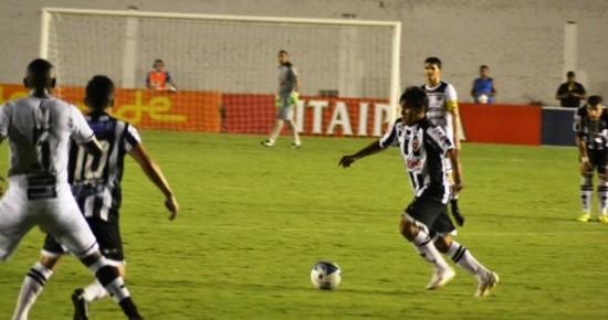 Botafogo-PB marca no fim mas só empata com o Ceará no Almeidão