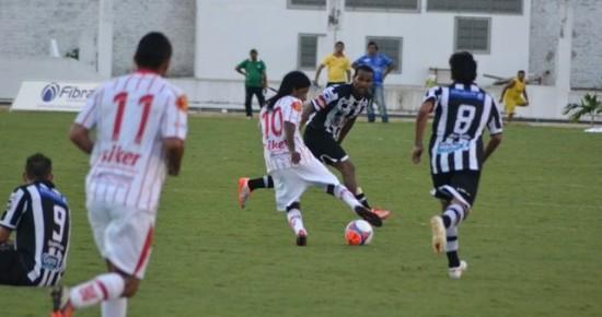 Cada time domina um tempo, e Auto Esporte empata com o Botafogo-PB