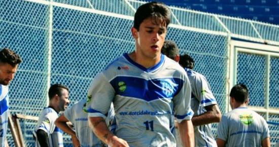 Campinense está perto de fechar com meia que estava no futebol paulista