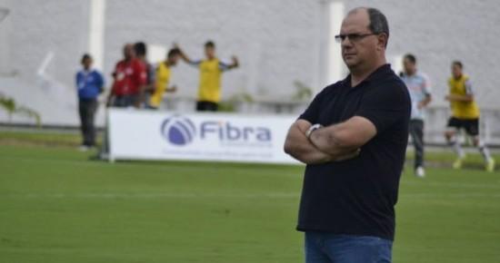 Jogadores pedem e Marcelo Vilar permanece no comando do Botafogo-PB