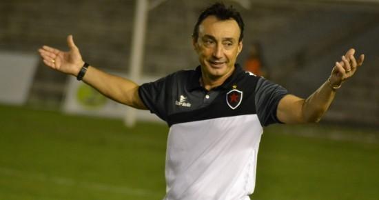Fonseca fecha treino e Botafogo-PB encerra preparação para pegar o Fortaleza