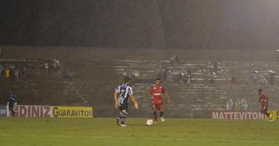 Debaixo de chuva e com gol de Jó Boy, Botafogo-PB vence o América-RN