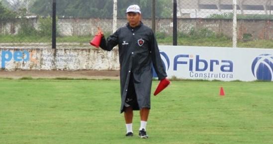 Diretoria do Botafogo-PB efetiva Ramiro Souza como treinador do clube