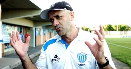 Botafogo-PB anuncia acerto com treinador e já mira primeiros reforços