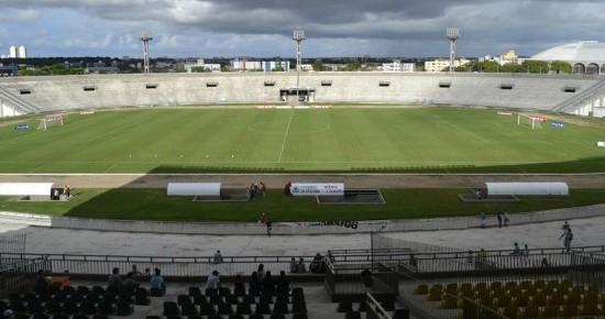 Santa Cruz e Esporte de Patos se enfrentam em busca da primeira vitória
