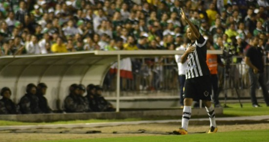 Após desempenho em alto nível contra o Palmeiras, Warley fala sobre sua aposentadoria